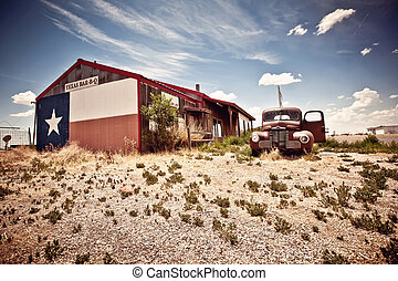 Abandoned restaraunt on route 66 road in USA - Abandoned...