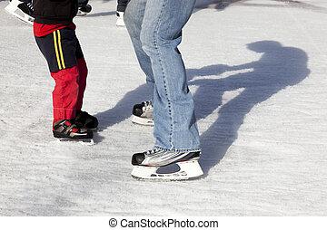 Al aire libre, hielo, patinadores, sombras
