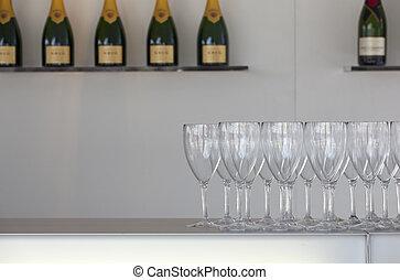 sfavillante, vino, occhiali