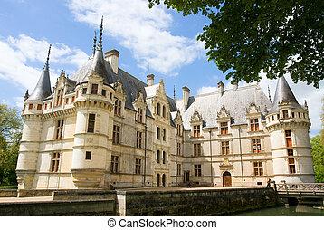 Chateau Azay Le Rideau - Castle Azay Le Rideau. Loire...