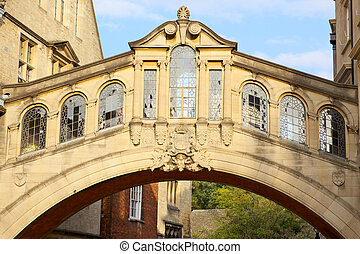 Bridge of Sighs at Hertford College, Oxford, England