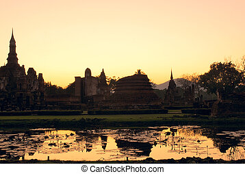 Sukhothai at sunset - Sukhothai Historical Park at sunset