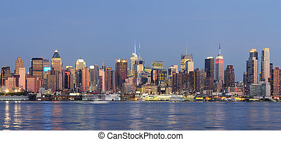 New York City Manhattan - Hudson River waterfront view of...