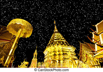 Golden pagoda of Doi suthap