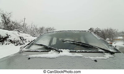 Windshield wipers clearing