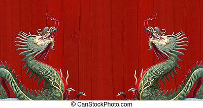 Giant Chinese dragon at WAt Muang