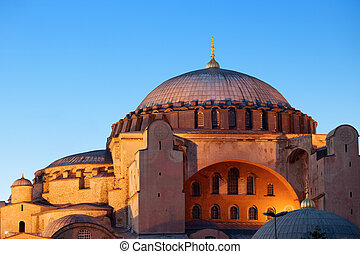 Hagia Sophia in Istanbul - Byzantine architecture of the...