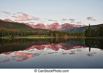 Sprague Lake in Rocky Mountains - Otis, Hallett and Flattop...