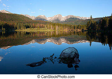 Sprague Lake with ducks in Rocky Mountains - Otis, Hallett...