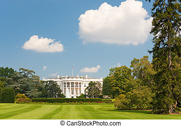 White House - The White House in Washington; GPS information...