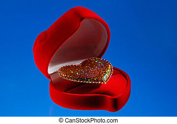 Shiny heart in a jewellery box
