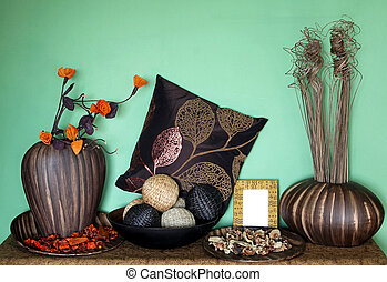 ... Home Decor   Large Set Of Home Decor Accessories With Flower.