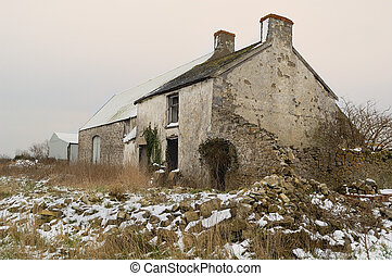 Old Derilict Farm Building - Derict farm building in South...