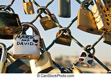 Padlock symbol of eternal love - Padlock symbol of...