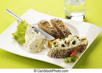 Bread with cheese spread - Appetizer - Bread with cheese...