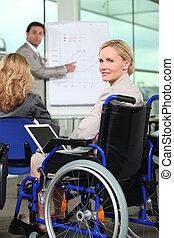 Bussinesswoman in wheelchair