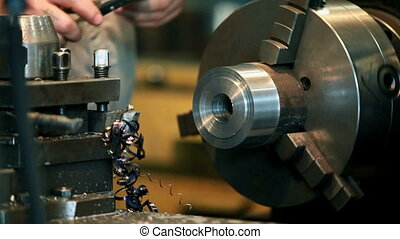 Turning to metal - lathe
