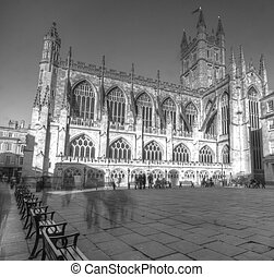 Bath Abbey in Somerset - The Abbey Church of Saint Peter and...