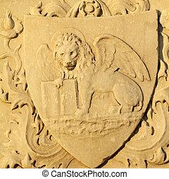 venetian lion - antique marble Lion of Saint Mark - symbol...
