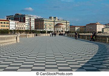Mascagni Terrace - Livorno una veduta della celebre Terrazza...