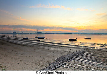 Tejo river. - Winter sunset on the Tejo river.
