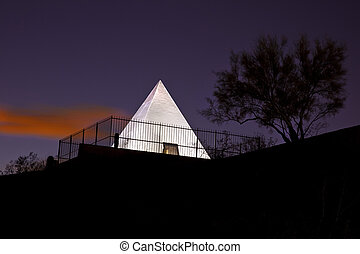 Hunts Tomb Pyramid in Tempe Arizon - Tomb of Governor Hunt...