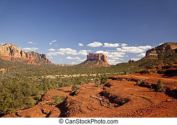 Sedona Valley Arizona - Beautiful red mountains in Arizona's...