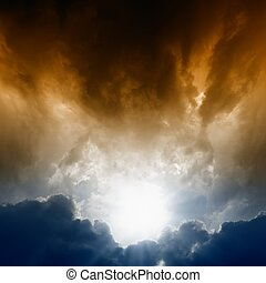 Dark sky - Dramatic background - dark sky, bright sun
