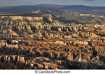 The shone world - The well-known orange rocks in Bryce...
