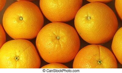 Oranges - Rotating oranges