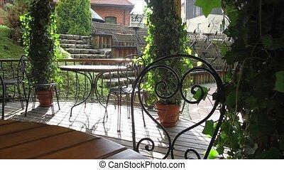 outdoor cafe, slider