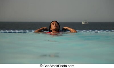 Swimmingpool - Relaxing Woman - Relaxing Woman