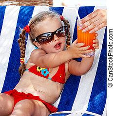 niño, niña, anteojos, rojo, biquini, Bebida,...