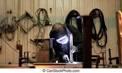 Welder - Manual welding in shielding gases.