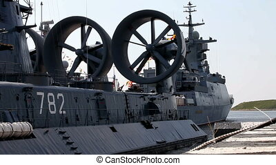 military hovercraft - amphibious ship Swallow