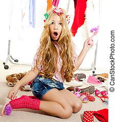 mode, offer, unge, flicka, garderob, rörig, Bakom...