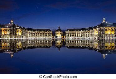 Bordeaux - bordeaux, reflections at the stock place