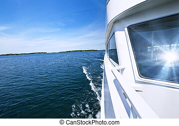 Boating on lake - Wake from fast tour boat on Georgian Bay,...