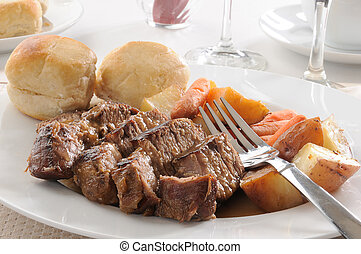 Pot roast with autumn vegetables - A juicy pot roast with...