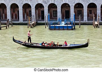Gondoliere in Venice - Gondoliere in the lagoon of Venice
