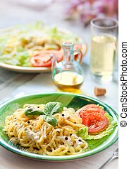 Fresh pasta with pepper sauce