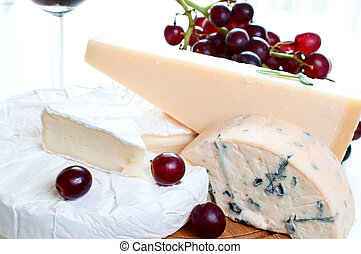 Red wine and brie parmesan and blue cheese - Brie parmesan...