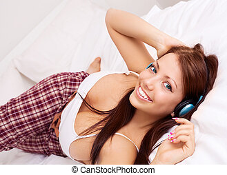 girl listening to the music - pretty girl listening to the...