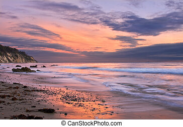 Santa Barbara Sunset - An ocean sunset at low tide in Santa...