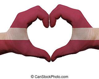 corazón, hecho, coloreado, amor, actuación, aislado, bandera, Letonia, Plano de fondo, Manos, blanco, símbolo, gesto