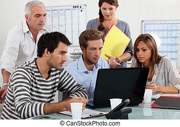 oficina, trabajadores