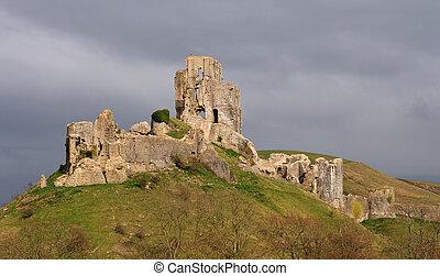 Corfe Castle - Dramatic Corfe Castle Ruin