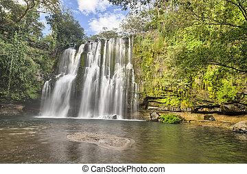 Llano de Cortes Falls, Costa Rica