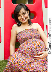 Healthy Asian pregnant woman portrait - Portrait of healthy...