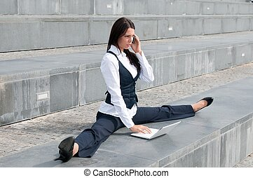 Flexible business - woman with laptop - Young business woman...